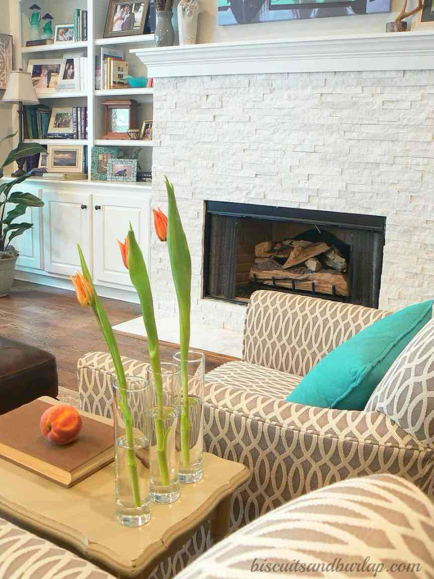 Home Tour Continues – Living Room & Screened Porch
