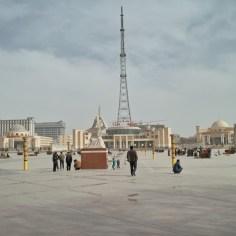 12 Muqam Platz in Yarkand