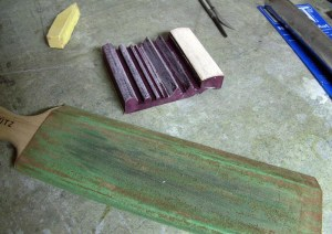 A well-used strop and the flex cut slip strop with the yellow polishing compund. Image from Renaissance Woodworker.com