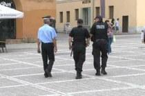 Opt pe un loc pentru un post de polițist local în Brașov