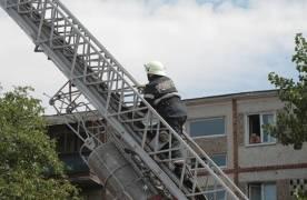 Pompierii brașoveni vor primi o autospecială dotată cu o scară care va putea ajunge la o înălțime de 55 de metri