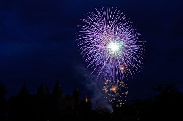 Feuerwerk (Photo by Tobias Hage)