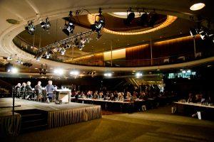 rund 500 Journalisten waren zur Eröffnungs-PK der ITB gekommen, foto: stefan bartylla