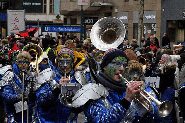 Karneval am Kudamm in Berlin, 2016 © Stefan Bartylla