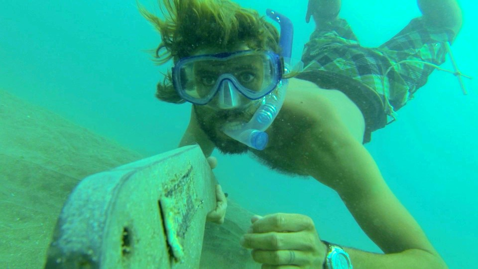 Diving the anchor