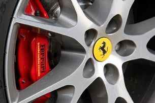 2013 Ferrari California wheel