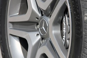2013 Mercedes-Benz G63 AMG wheel detail