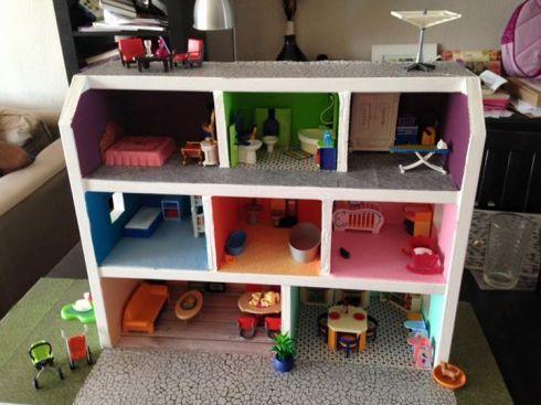 La maison playmobil home made de liloute encore un for Maison de valerie meuble