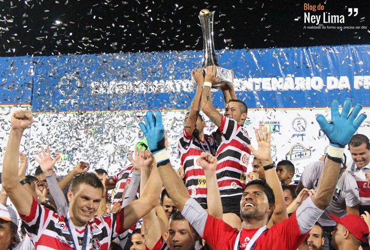 Bi-campeão do torneio, Santa Cruz abre hexagonal do título em clássico contra o Náutico. Foto: Elivaldo Araújo.