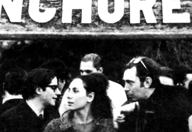 A la izquierda, Raúl Escari. Buenos Aires 1966.