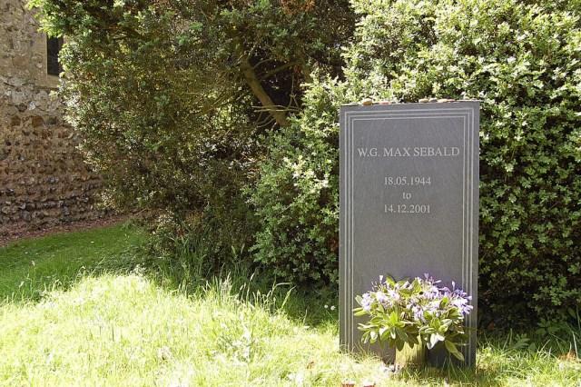 tumba de W.G. Sebald en la iglesia de St. Andrews