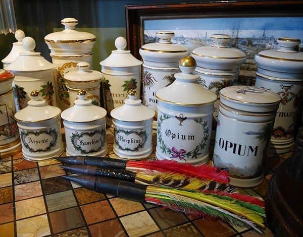 Houmas House opium