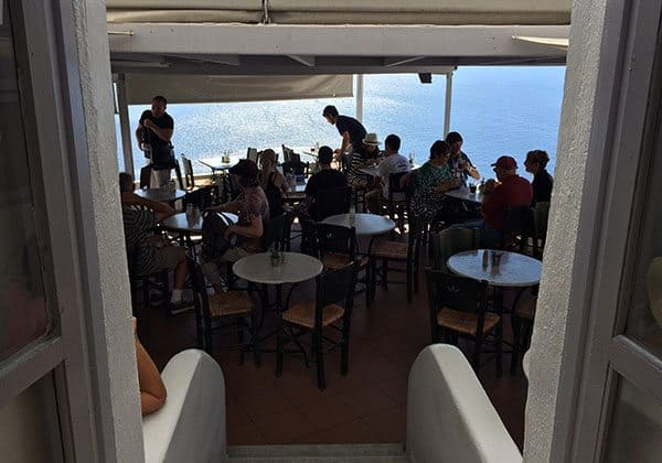 Santorini taverna
