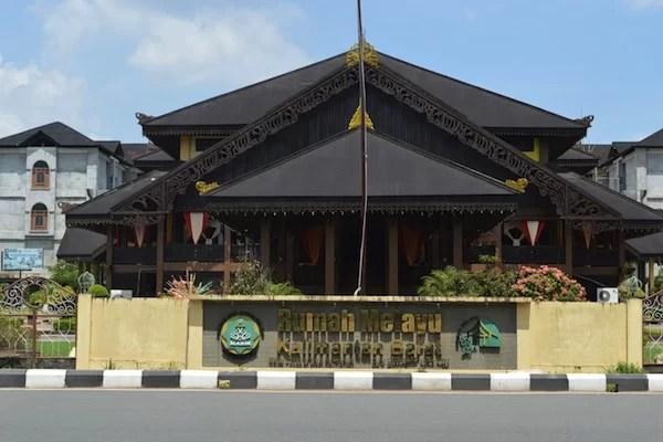 Rumah Adat Melayu Pontianak
