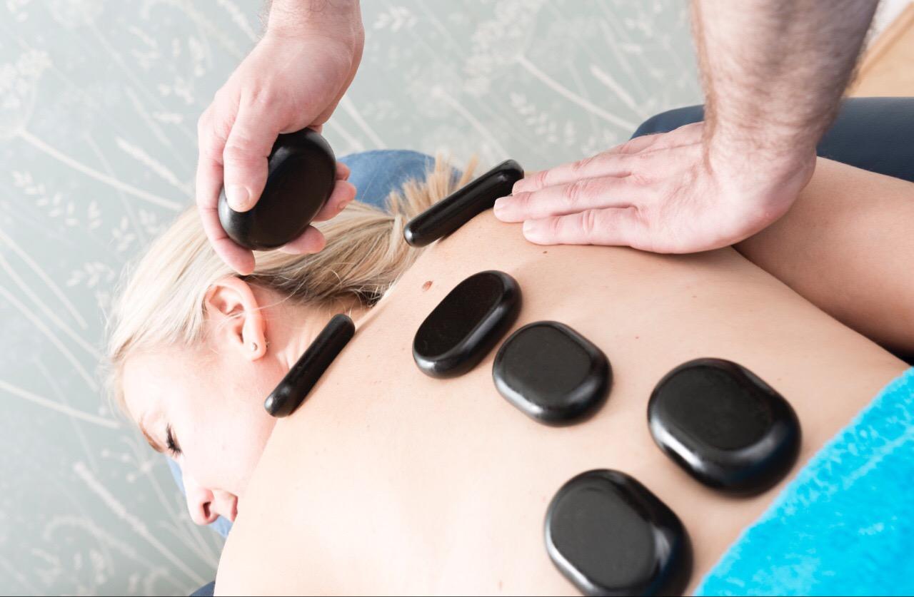 hot-stone-back-massage