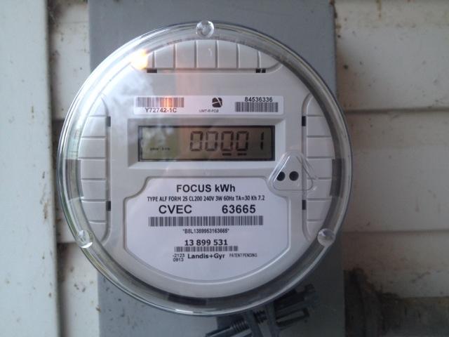Analog Electric Meter : Cvec replacing older electric meters with new digital ones