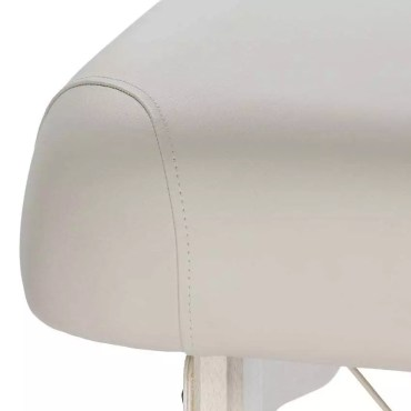 Affinity Deluxe portable massage table quality