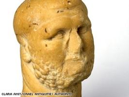 Cnn 2009 Tech Science 01 26 Israel.Ancient.Find Art.Figurine.Iaa