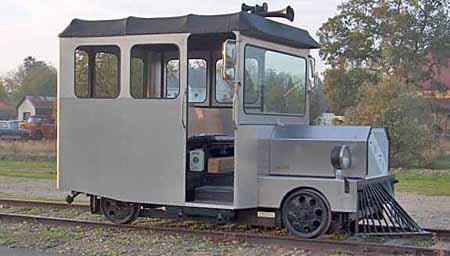 Railroad motorcar