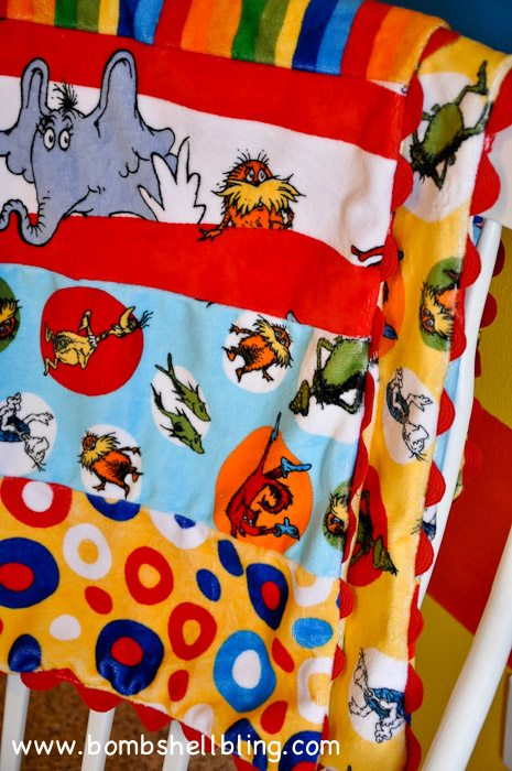 Dr Seuss Cuddle Blanket-17
