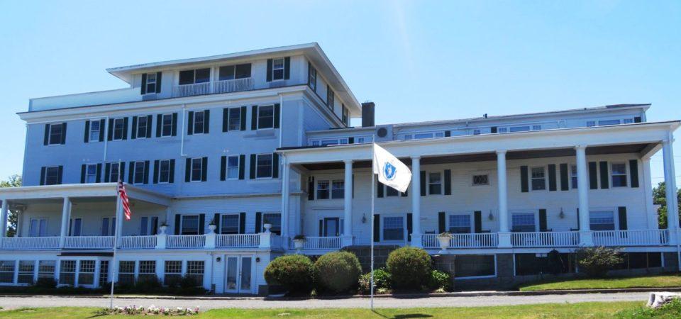 Ideal New England getaway ~ Emerson Inn by the Sea