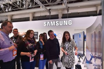 Foto_Samsung EU Forum_SUHD TV_2