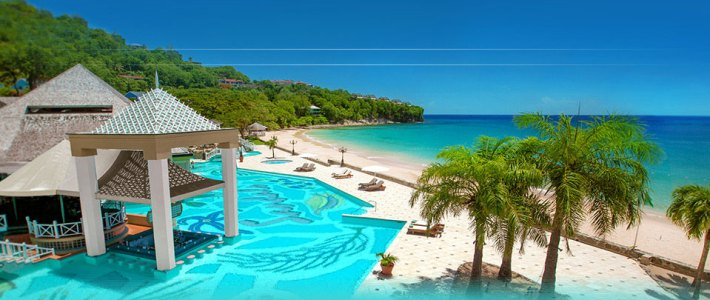 The refined elegance of exceptional beach resort accommodations