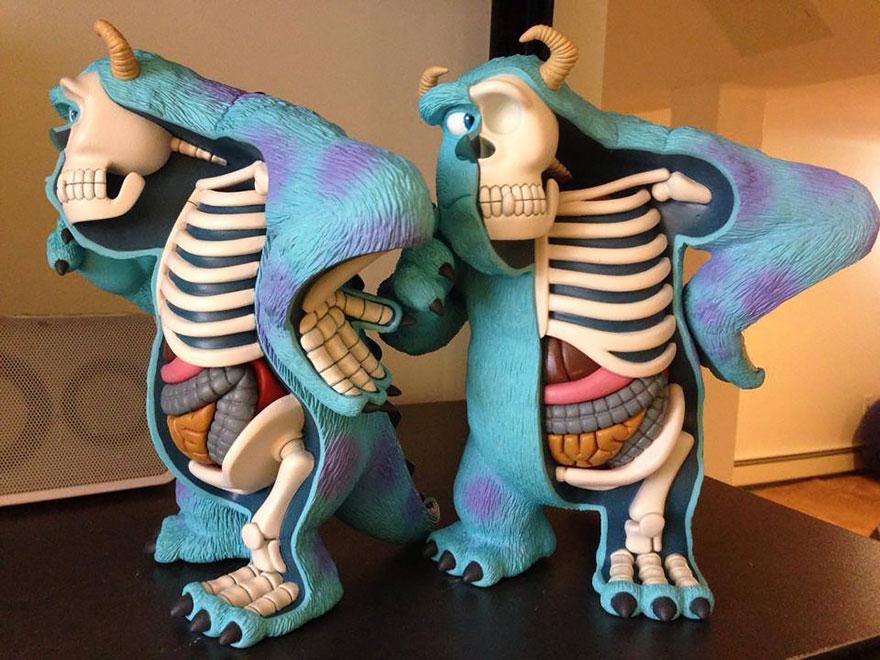 esculturas-juguetes-personajes-anatomia-jason-freeny (19)