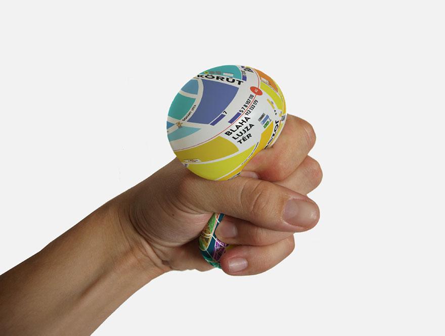 bola-antiestres-mapa-zoom-apretar-denes-sator (1)