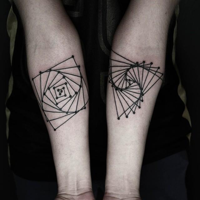 tatuajes-geometricos-minimalistas-okan-uckun (10)
