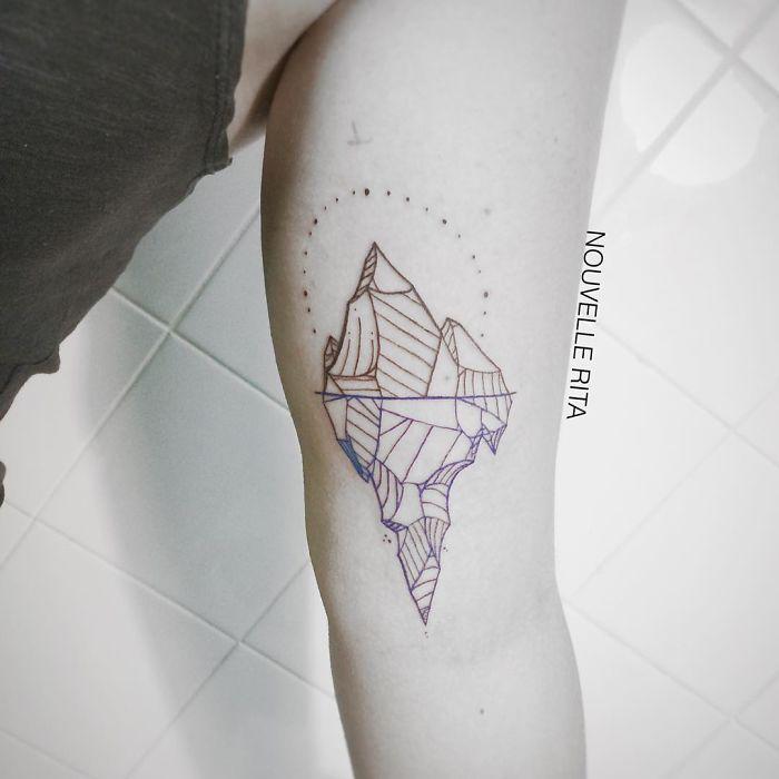 tatuajes-lineales-nouvelle-rita (8)