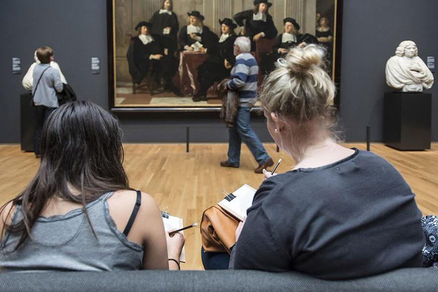 visitantes-museo-dibujos-obras-rijksmuseum-amsterdam (9)