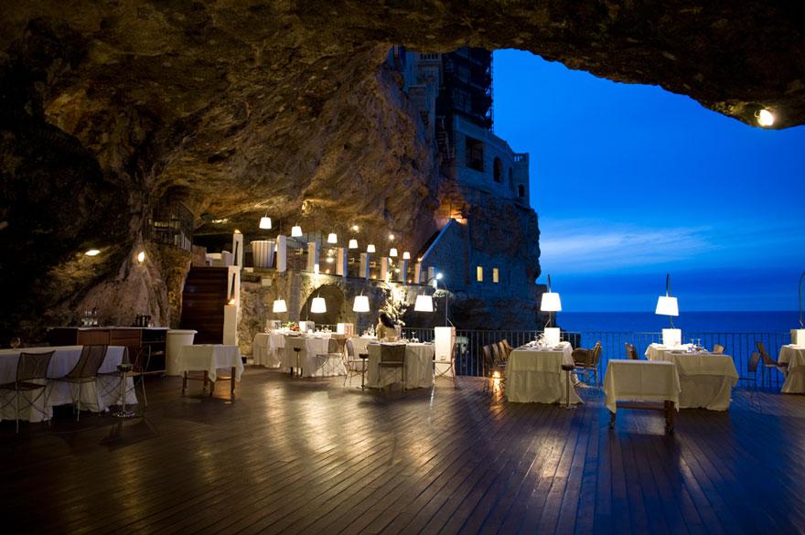 restaurante-cueva-grotta-palazzese-italia (3)