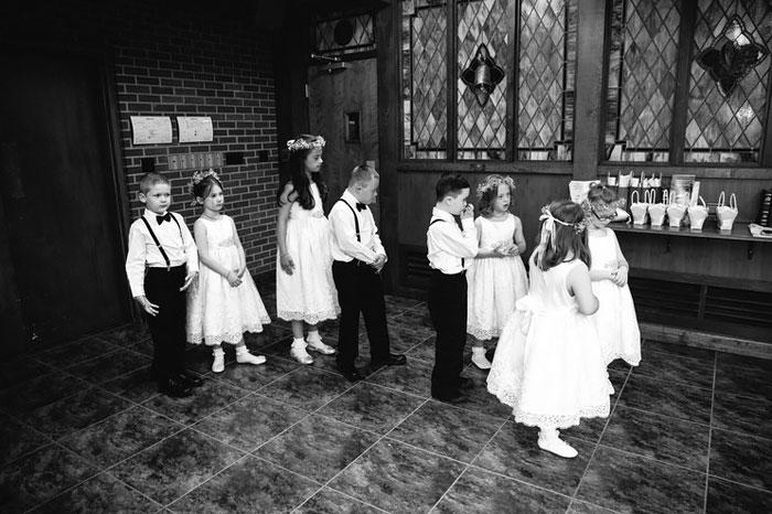 alumnos-sindrome-down-invitados-boda-profesora-kinsey-french (4)