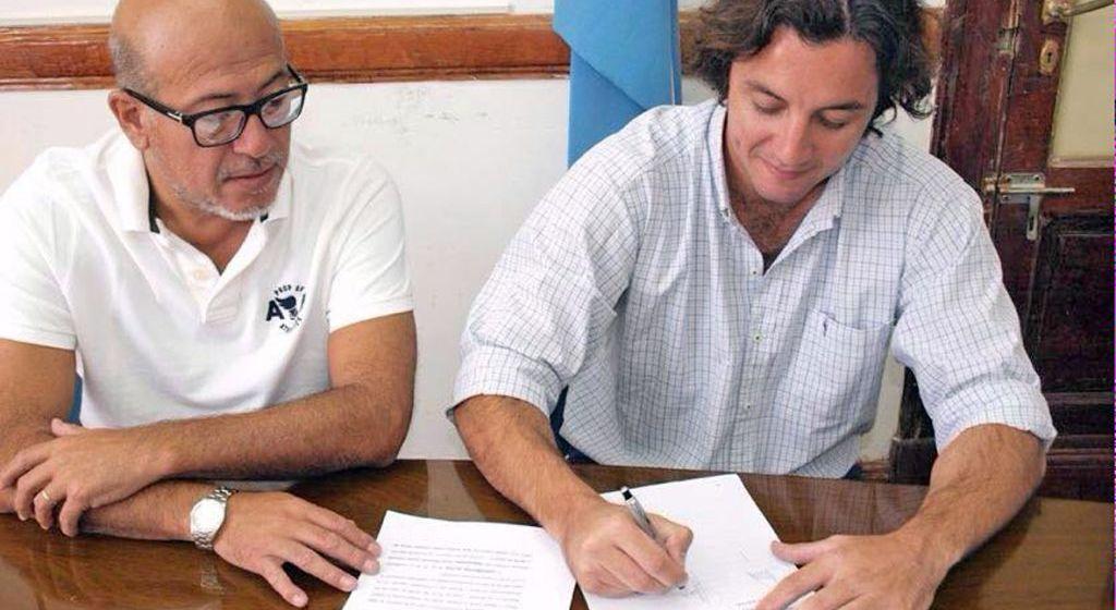 Los concejales Carlos Elizalde y Ramiro Llan de Rosos fueron quienes tomaron la iniciativa. (ARCHIVO LA OPINIÓN)
