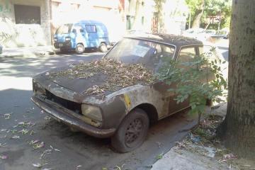 Auto abandonado
