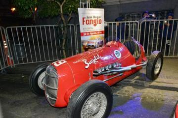 Muestra de Fangio del Senado BA