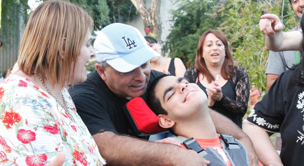 Cecilia Giacomantone junto a su esposo y su hijo Santiago