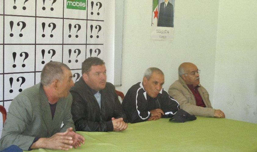 لقاء الرئيس كمال قاسيمي بأنصار ألامل بعد هزيمة الامال في النهائي