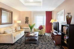 King Suite - Regency Hotel