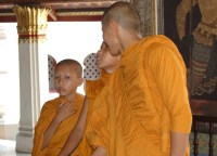 Buddhist Monks in Bangkok - Bangkok Basics - Boutique Bangkok