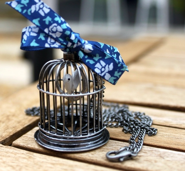 bird cage necklace collier oiseau bleu blue