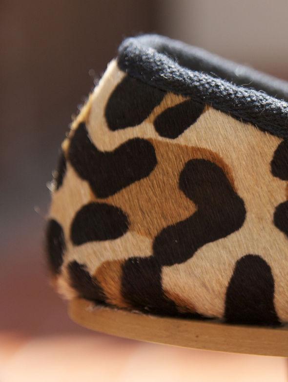 zara flats leopard