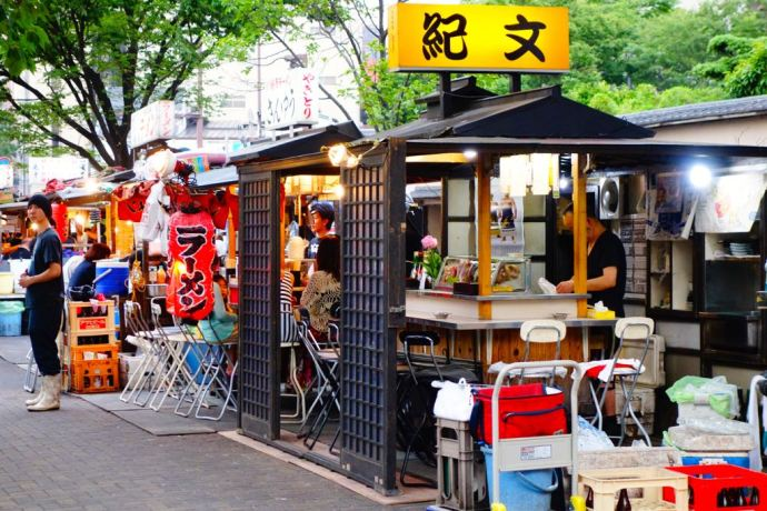 Fukuoka_street_food_traditionnal_stands