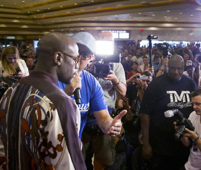 Mayweather Grand Arrival