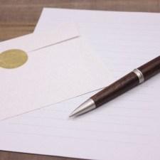 字が汚い人の救世主。こちらが代わりに「手書き」してくれる機械です!