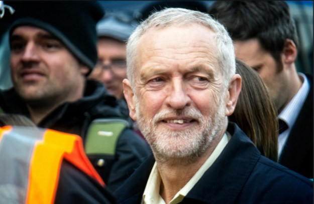 Labour Leader Jeremy Corbyn By Garry Knight - https://www.flickr.com/photos/garryknight/26392896430/, CC0, https://commons.wikimedia.org/w/index.php?curid=48525044