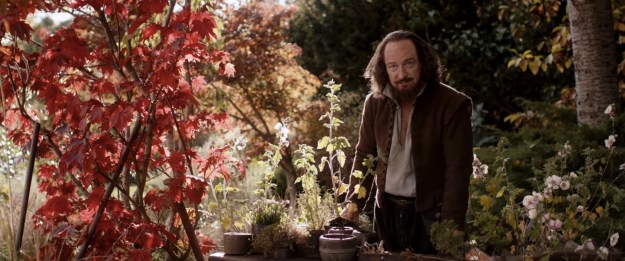 A retired Shakespeare (Kenneth Branagh) in his garden...