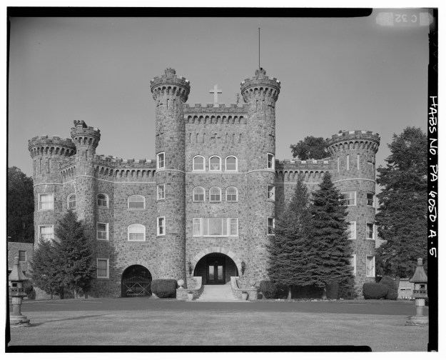 This is Lindenwold Castle, which Wikipedia tells me is located in Ambler, PA.