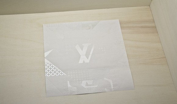 Louis Vuitton – Invitation Origami 02